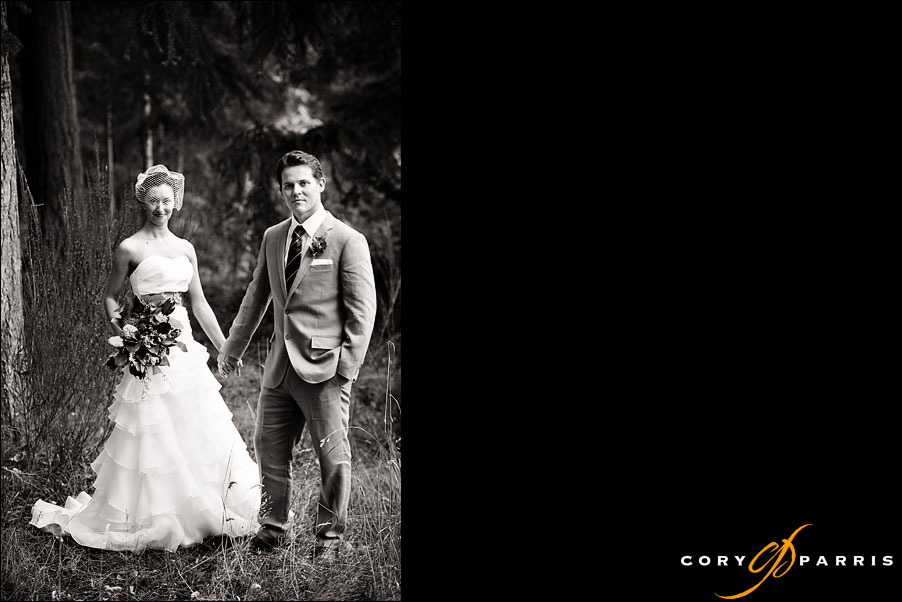 classic b&w image of bride and groom by seattle wedding photographer cory parris