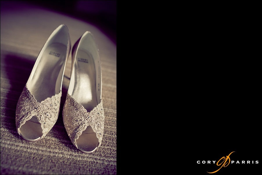 lace wedding shoes by seattle wedding photographer cory parris