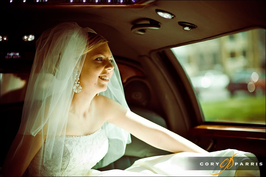 bride in limo by seattle wedding photographer cory parris