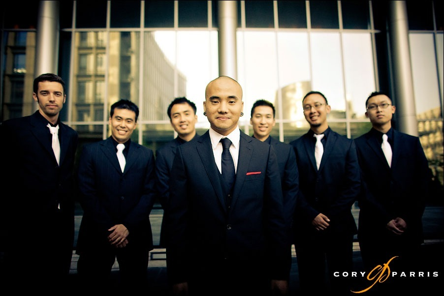 groomsmen at the seattle court house by seattle wedding photographer