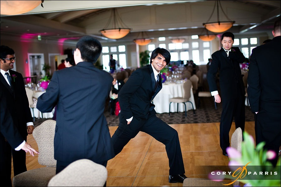 groomsman stretching out before the wedding by bellevue wedding photographer cory parris