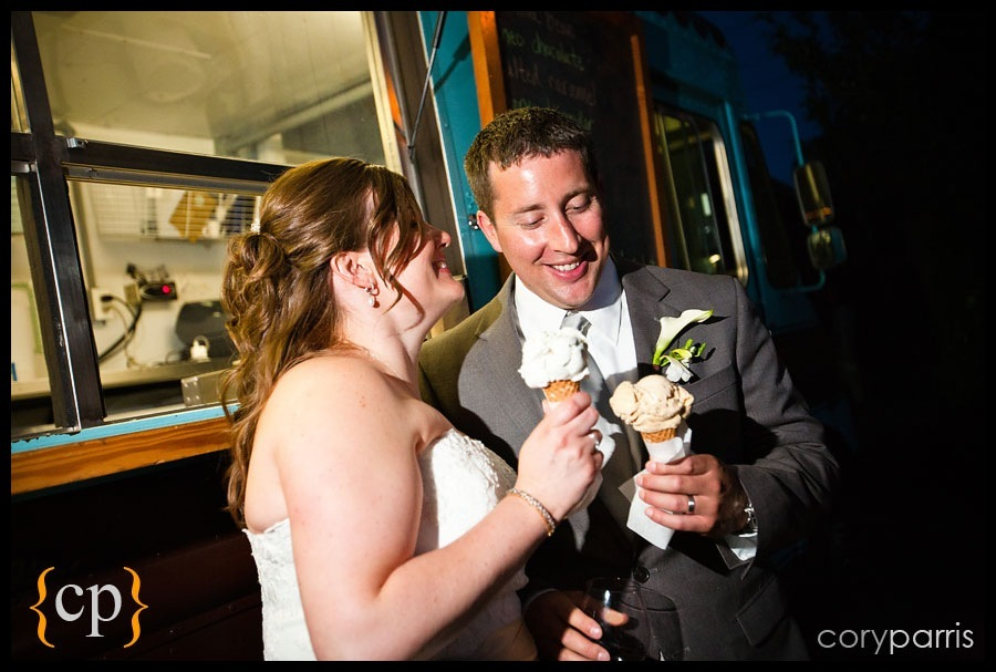 bride and groom with ice cream cones at willows lodge