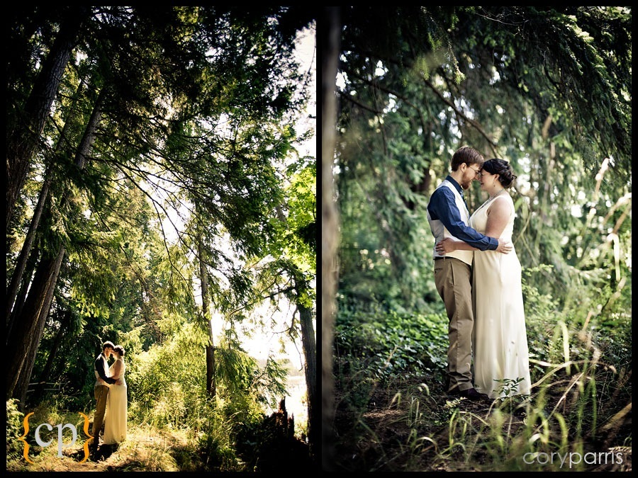 wedding photos in the woods by seattle wedding photographer cory parris at kitsap memorial park