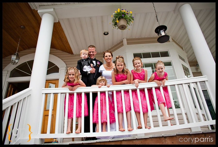 backyard wedding in granite falls by seattle wedding photographer cory parris - 016