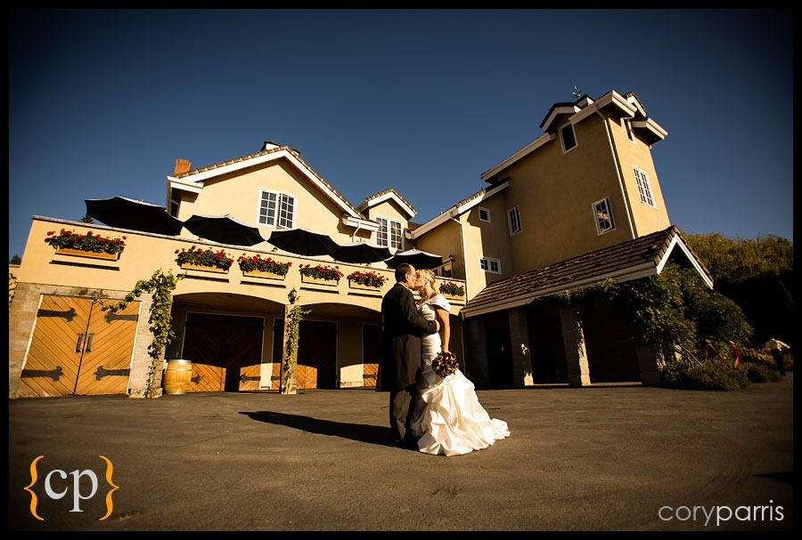 woodinville-wedding-at-delille-cellars-014.jpg