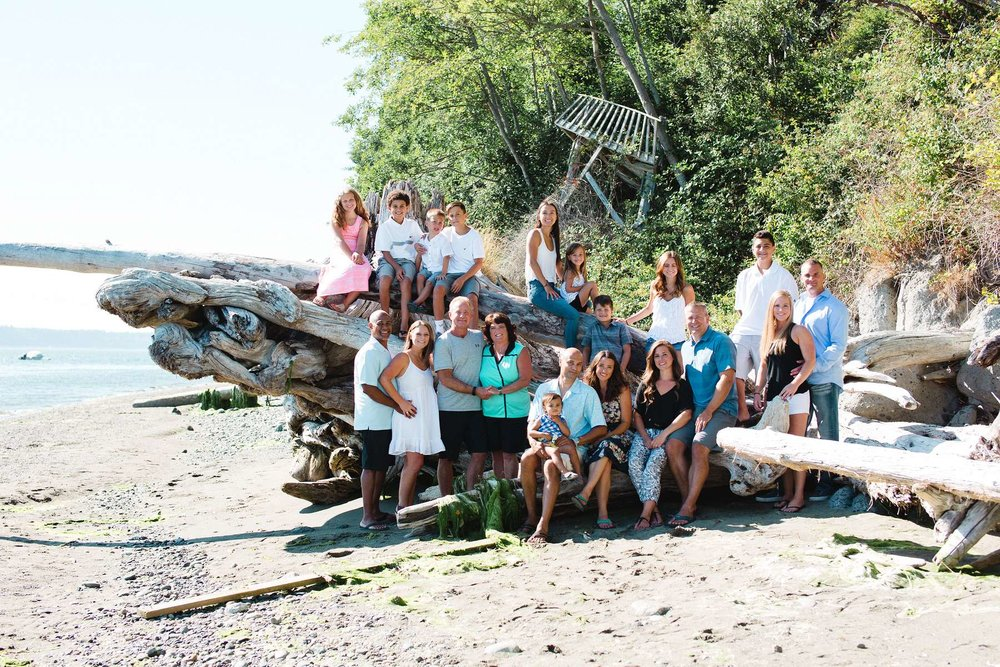 Family reunion portraits on the beach!