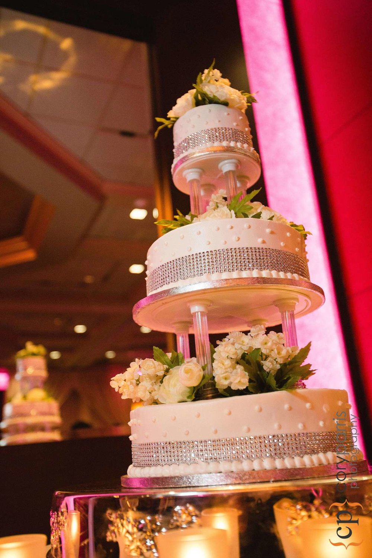 708-bellevue-club-wedding-photography.jpg