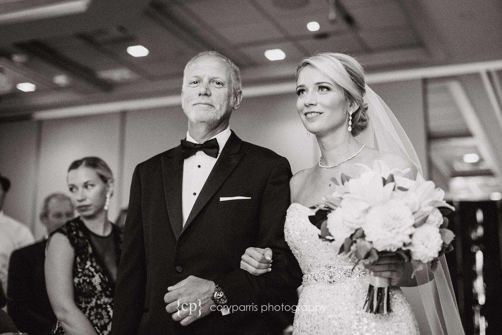 373-bellevue-club-wedding-photography.jpg