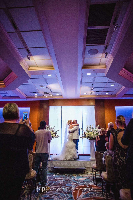 404-bellevue-club-wedding-photography.jpg