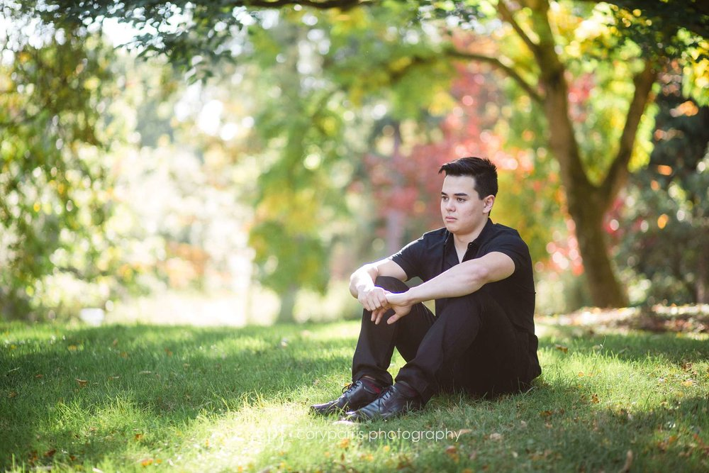 Fall high school senior portraits at the Washington Park Arboretum