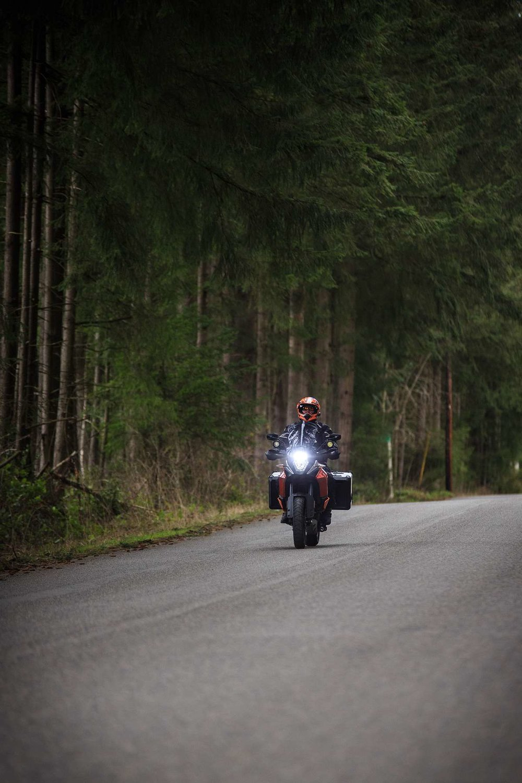 016-editorial-magazine-portraits-motorcyclist.jpg