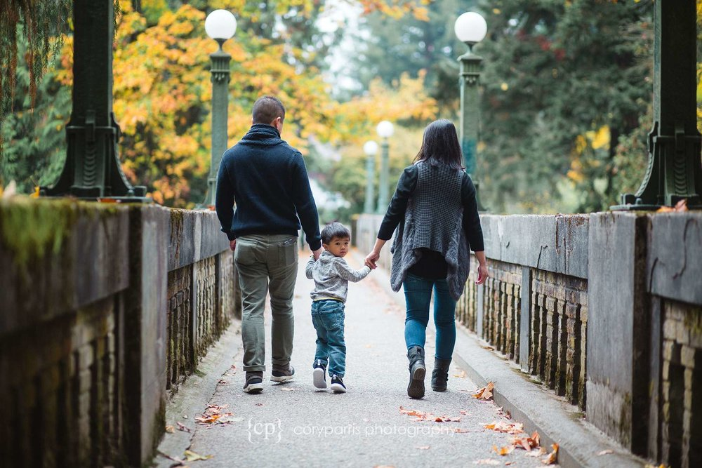 Family portrait at Washington Park Arboretum in Seattle