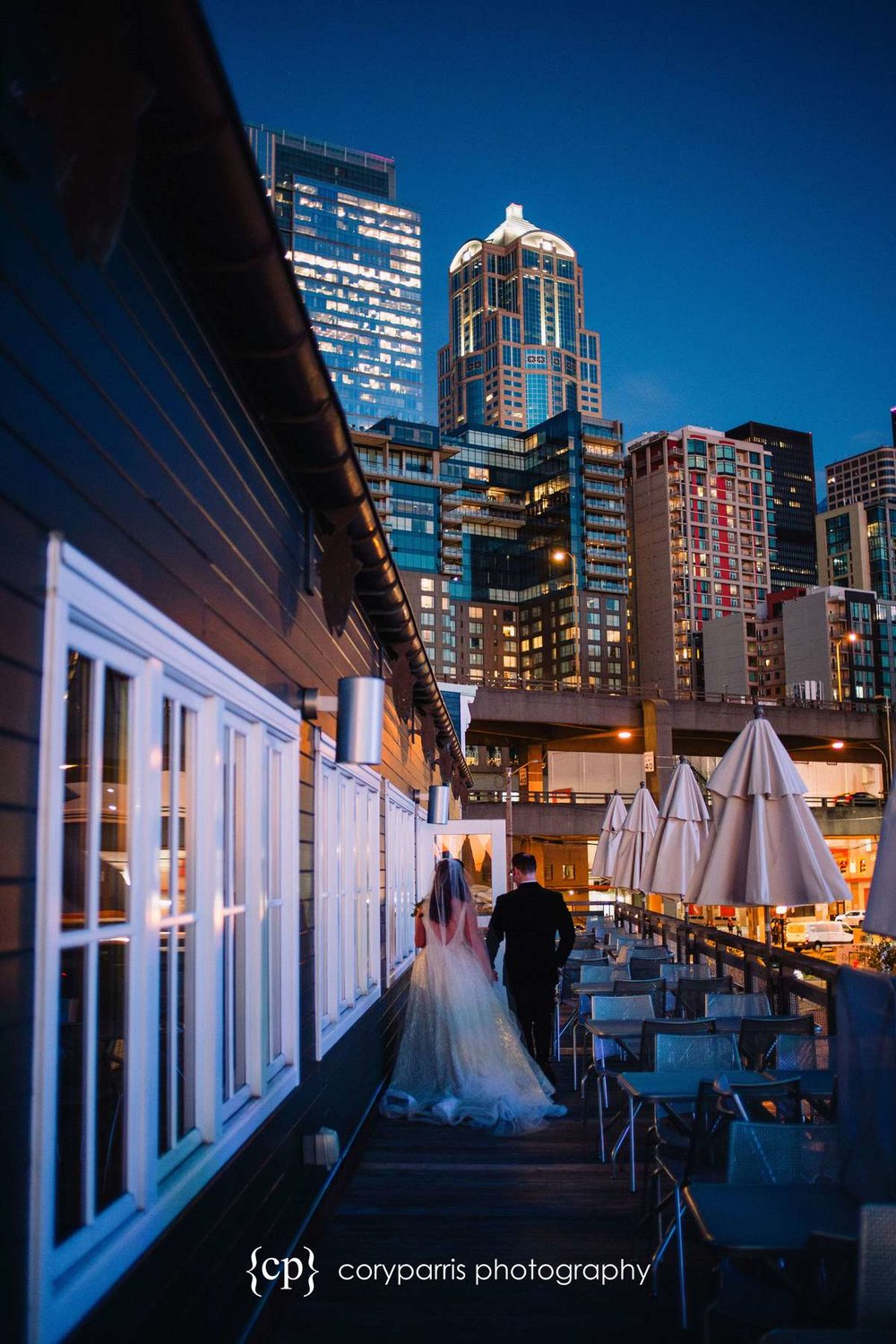 Seattle skyline wedding photo