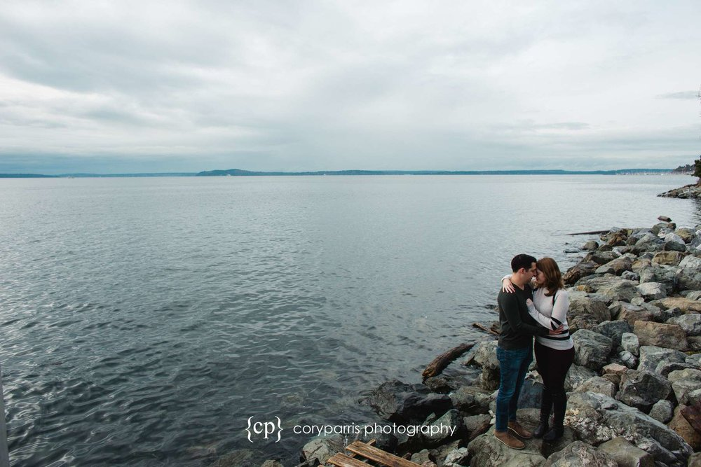 Myrtle Edwards Park engagement portrait