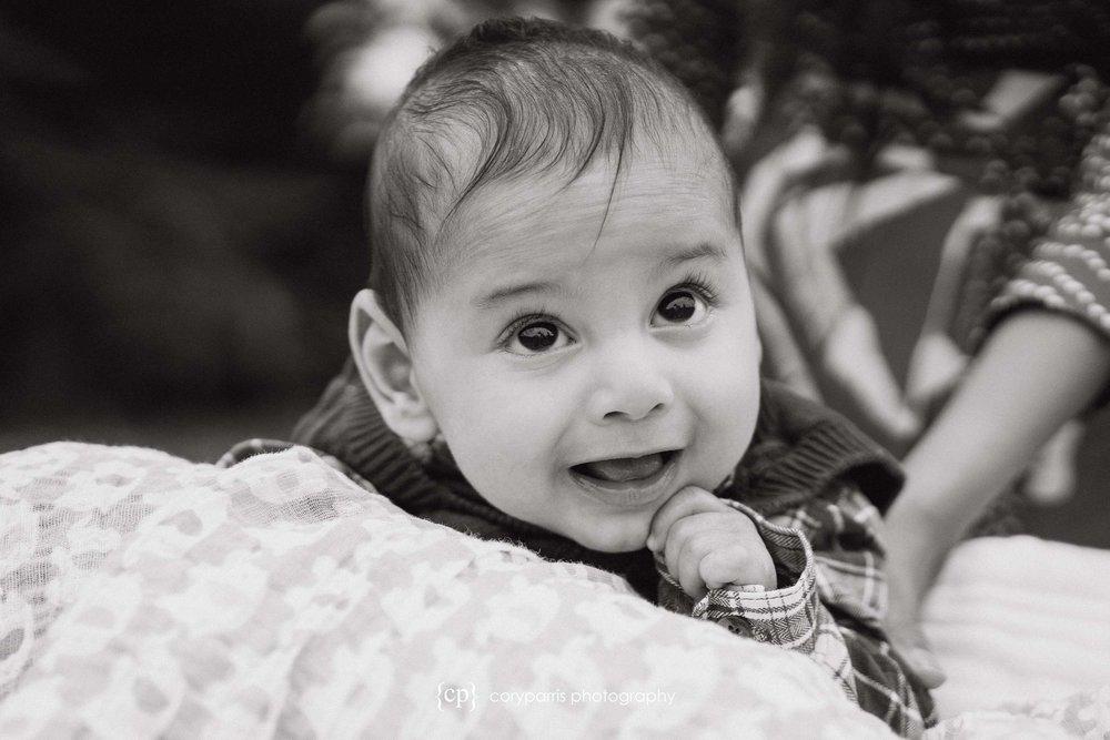 076-Redmond-family-portraits-Evans-Creek.jpg