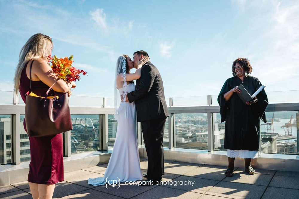 173-Seattle-Courthouse-Wedding-Photography.jpg