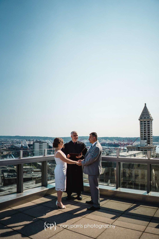 020-seattle-courthouse-wedding.jpg