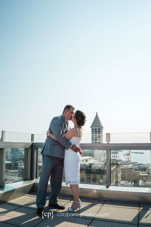 062-seattle-courthouse-wedding.jpg