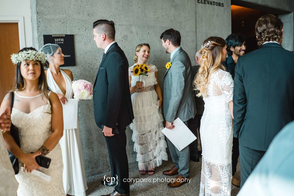 087-Seattle-Elopement-Courthouse.jpg