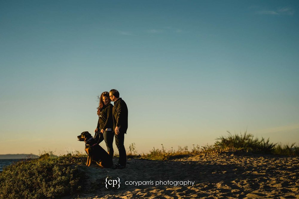 055-seattle-couple-portraits-golden-gardens.jpg
