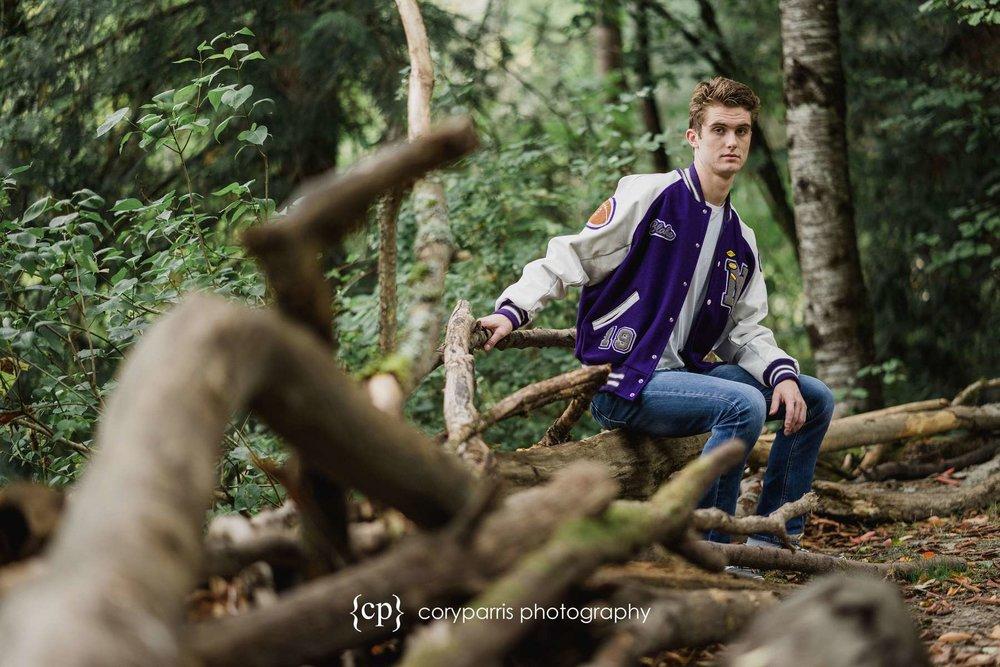 North-Creek-High-School-Senior-Portraits-Bothell-060.jpg