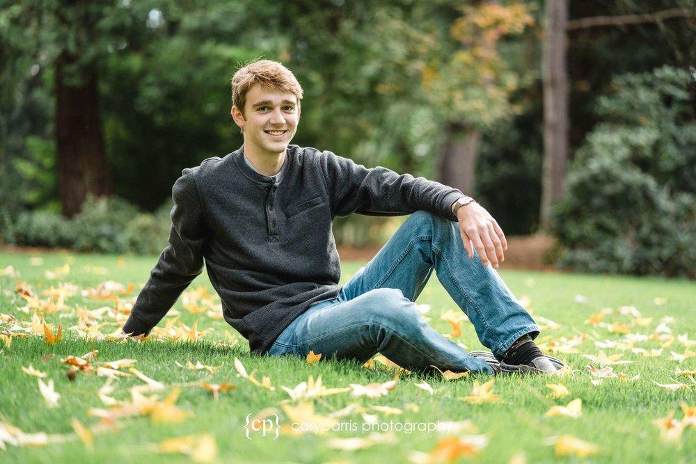 high-school-senior-portraits-belleuve-096.jpg