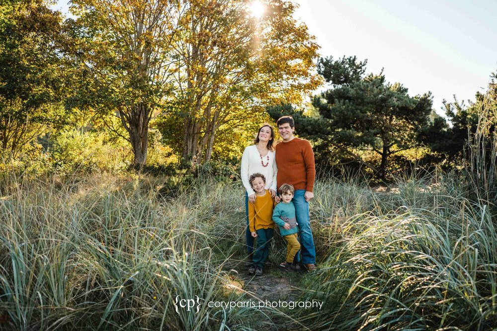 076-seattle-family-portraits-golden-gardens.jpg