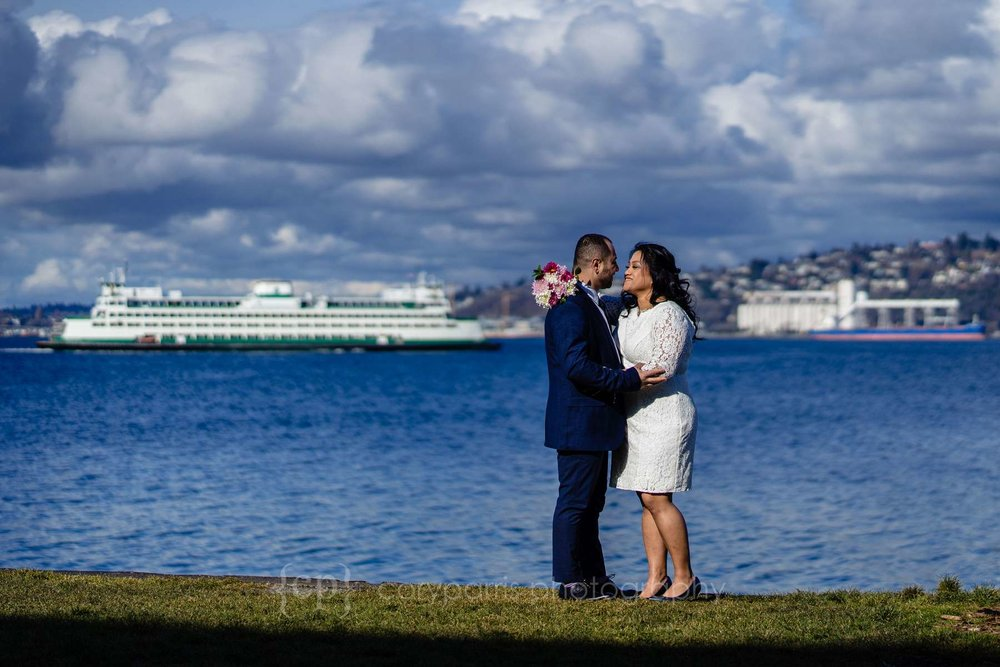 036-seattle-courthouse-elopement.jpg