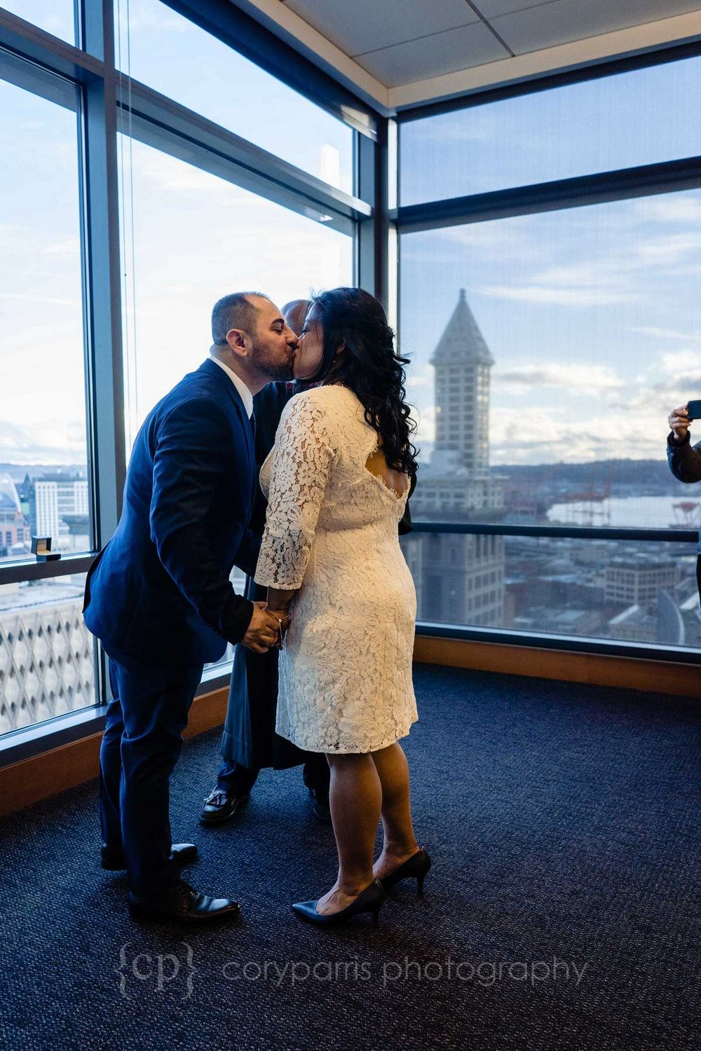 266-seattle-courthouse-elopement.jpg