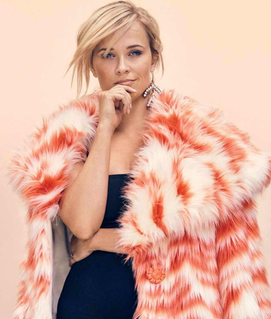 Reese Witherspoon - Capricorn Moon