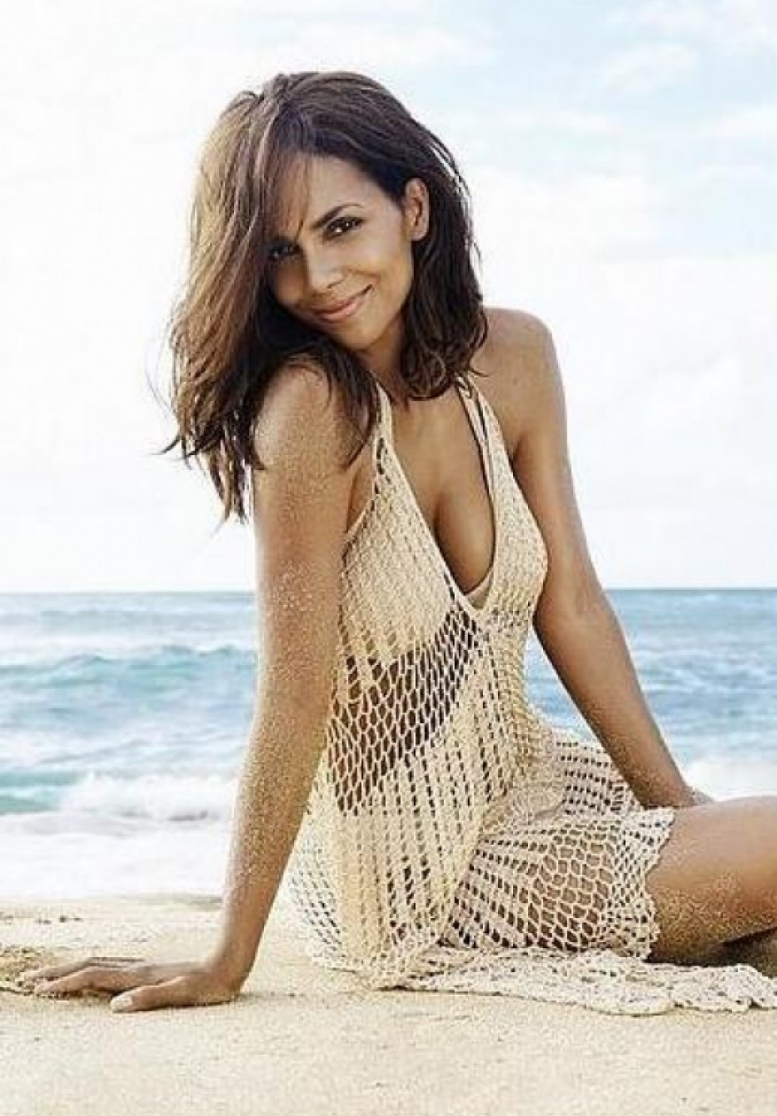 Halle Berry - The Sweetheart