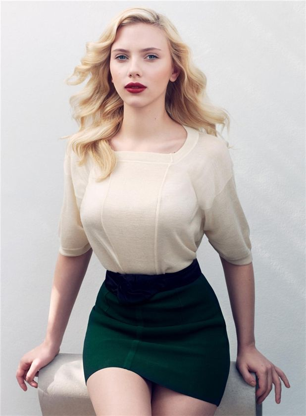 Scarlett Johansson - The Queen
