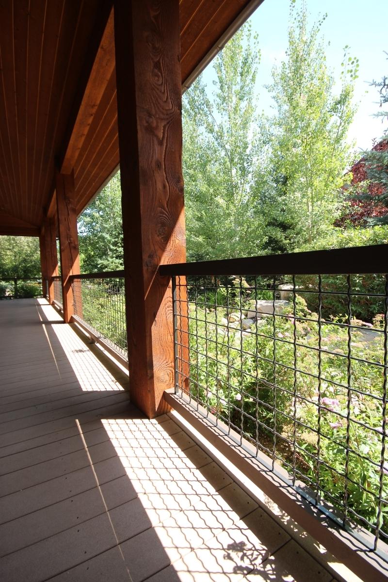 Exterior-Grid-and-Timber-Balustrade-1.JPG