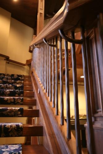 open-riser-steel-and-wood-stair-7.jpg