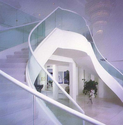 contemporary-glass-curved.jpg