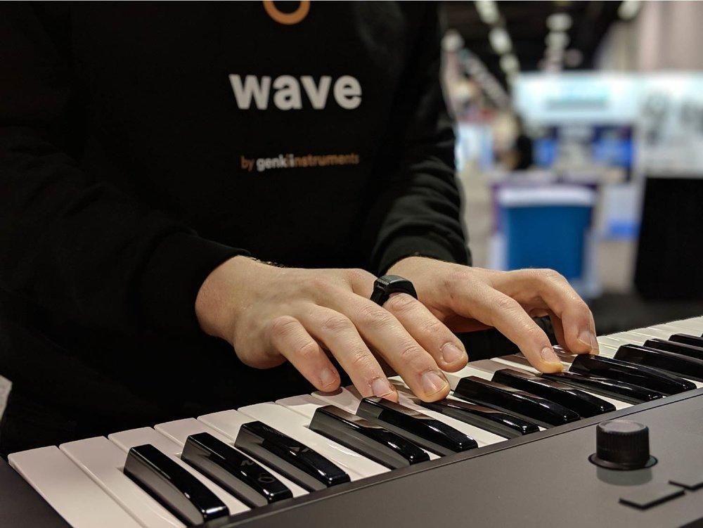wave_header-01.jpg