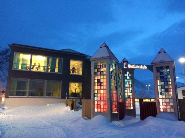 Noon in December. Fjordtun skole, Rypefjord.
