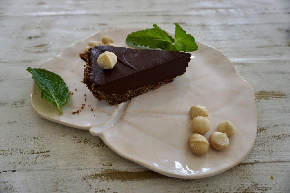 vegan chocolate cookie pie