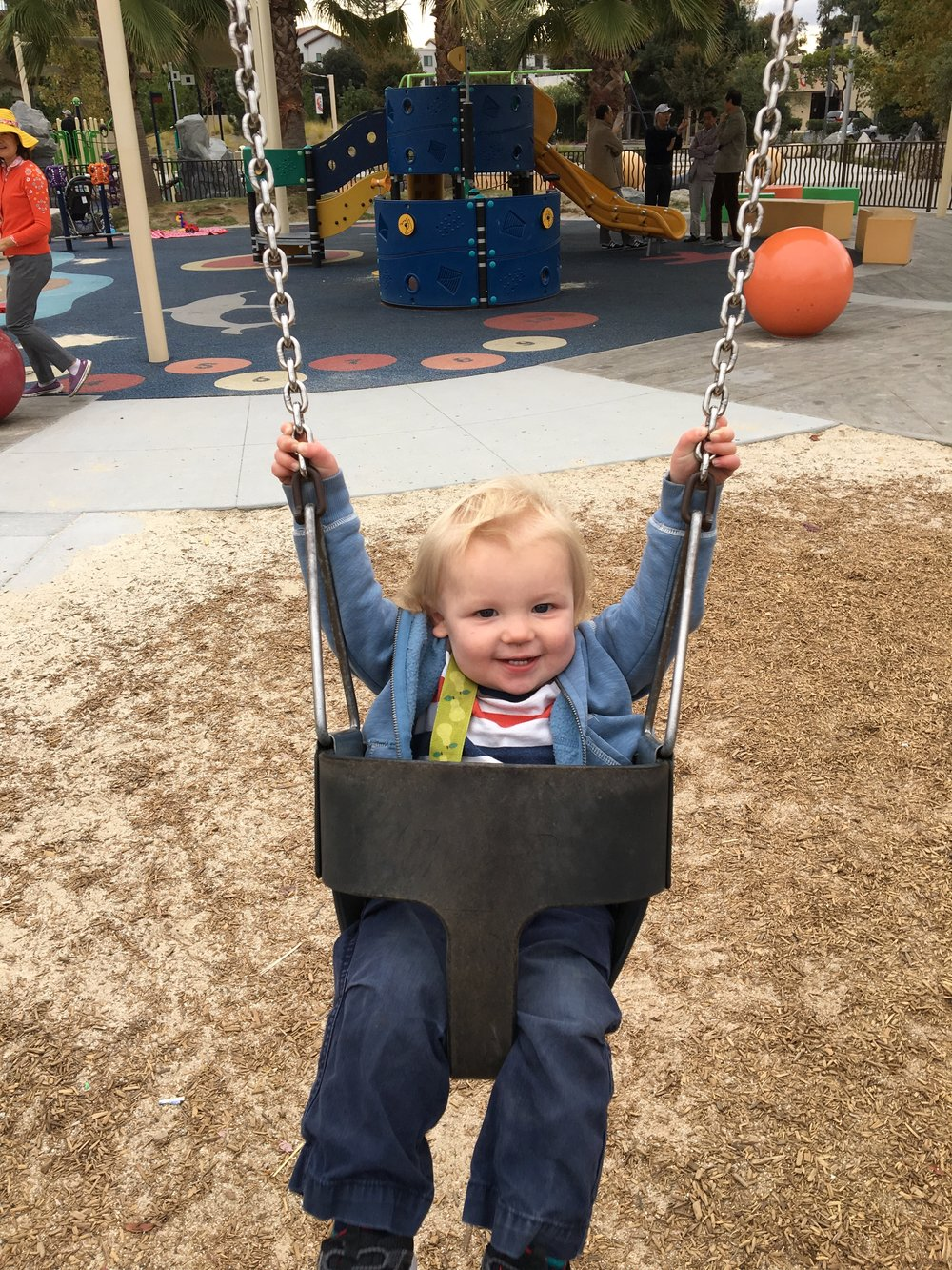 Loves the swings