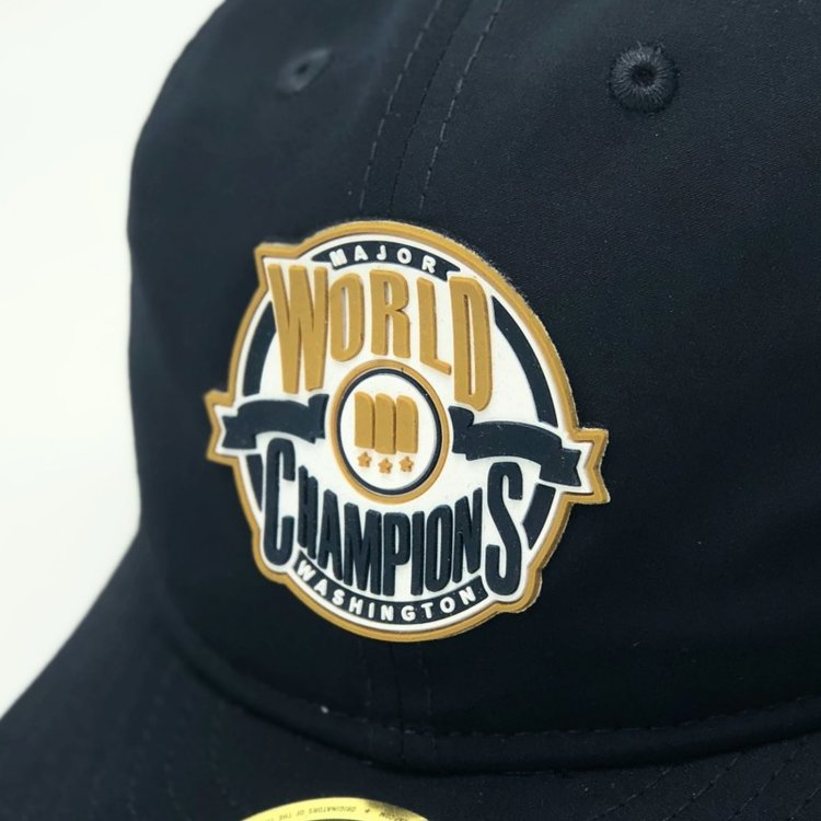 98dd0bce MAJOR x New Era World Champions Retro Fitted in Navy