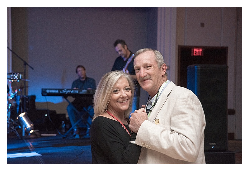 That-Wandering-Light-Charlotte-NC-Cleveland-OH-Wedding-Family-Real-Estate-Photographer_0090.jpg