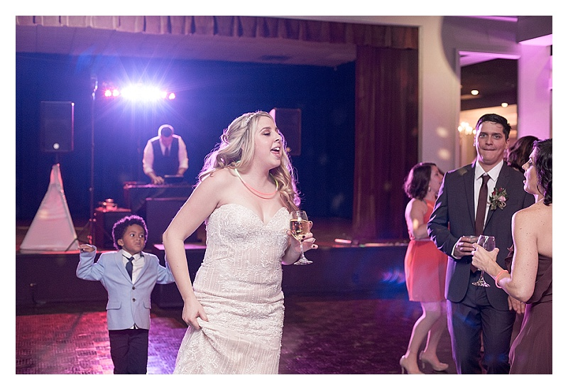 That-Wandering-Light-Charlotte-NC-Cleveland-OH-Wedding-Family-Real-Estate-Photographer_3140.jpg