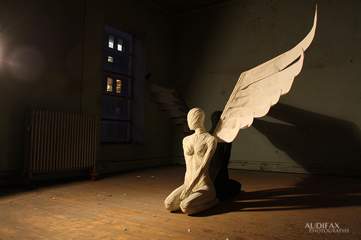 Balance_Light_Wing_Sculpture.jpg