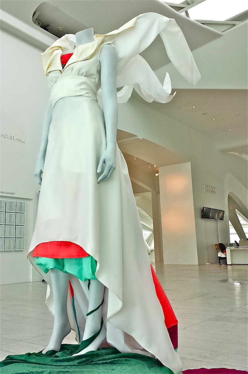 Spring_Awakening_fashion_Sculpture_Side_Front.jpg