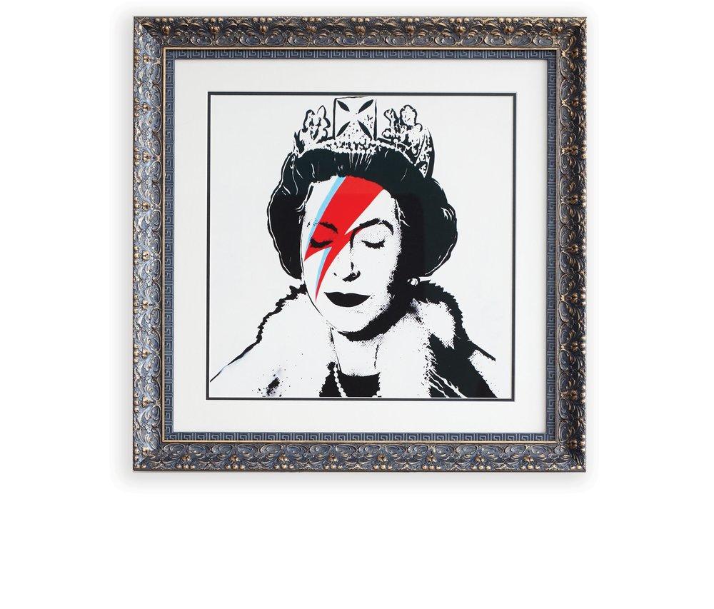 Queen_frame.jpg