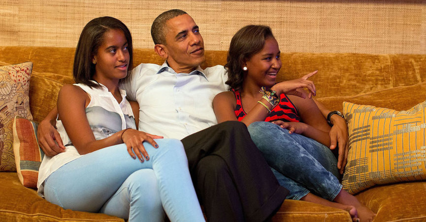 Did Michelle Obama File for Divorce over President Obama's Pregnant Mistress? -