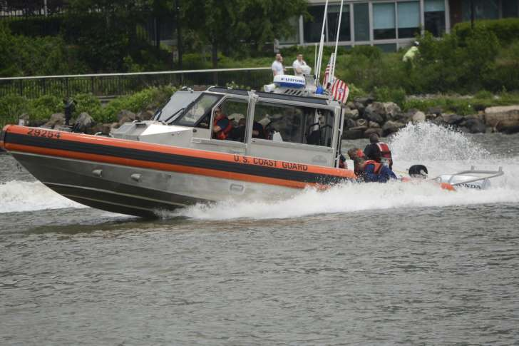 Navy SEAL in Fleet Week parachute accident identified