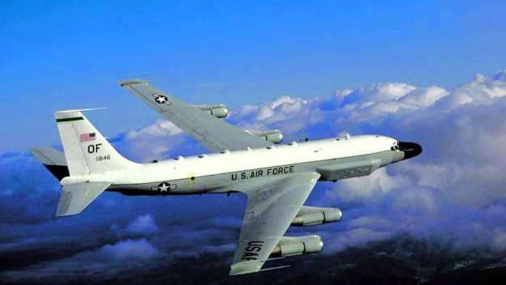 Armed Russian jet comes within 5 feet of US recon jet - See the prespectives on this story