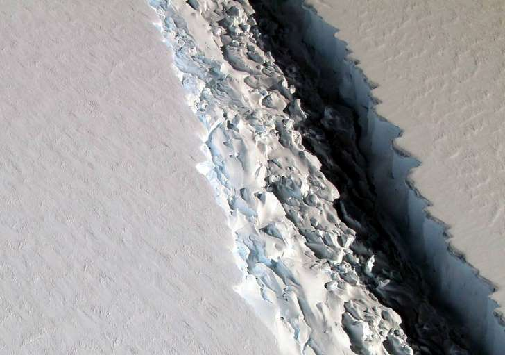 Giant Antarctic iceberg breaks free of Larsen C ice shelf - See perspective on this story