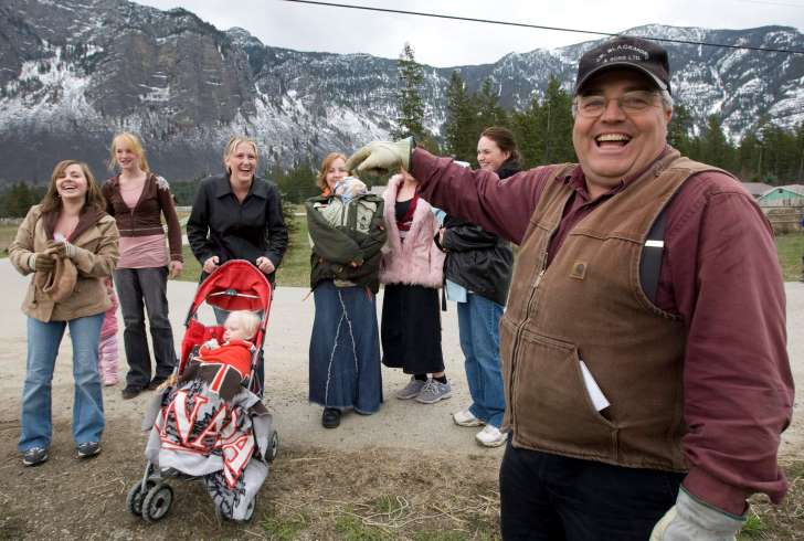 Canadian polygamous leader found guilty of having 25 wives - See the prespectives on this story